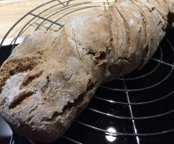 Dinkel-Roggen-Brot (mit Walnüssen)