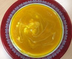 Milde Kartoffel-Kürbissuppe