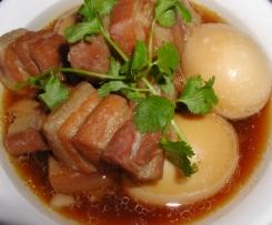 Thai Karamellisiertes Schweinefleisch mit Eiern