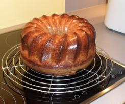 Saftiger Nußkuchen, sehr lecker