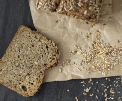 Saftiges Brot mit Körnern