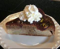 Mohn-Birnen-Kuchen mit Rotweinguß