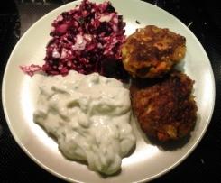 Gemüse-Grünkern-Bratlinge mit Kräuterquark und Rote Beete Salat
