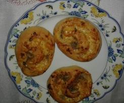 Würzige Käseschnecken