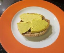 veganer Bärlauch Tofu Käse Aufstrich