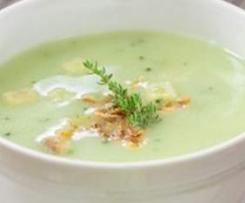 Brokkolisuppe ohne Gemüseabfall