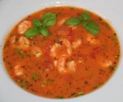 Tomaten-Kokos-Suppe mit marinierten Garnelen