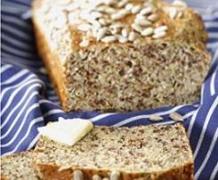 Variation von saftiges Low Carb Brot mit Quark (Logi)